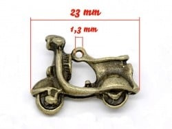 Acheter 1 Breloque Scooter - couleur bronze - 1,49€ en ligne sur La Petite Epicerie - Loisirs créatifs