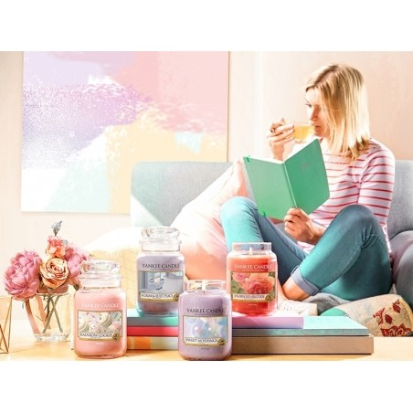 Acheter Bougie Yankee Candle - Sweet Nothings / Mots Doux - Petite Jarre - 11,89€ en ligne sur La Petite Epicerie - 100% Loi...