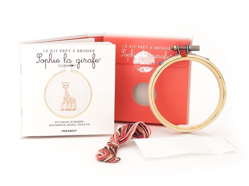 Livre / Kit prêt à broder - Sophie la girage Marabout - 1