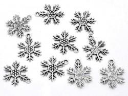 1 Schneeflockenanhänger - silberfarben
