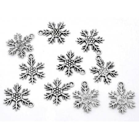 Acheter 1 breloque flocon de neige - argentée - 0,69€ en ligne sur La Petite Epicerie - Loisirs créatifs