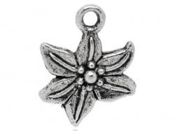 1 breloque fleur de lys - argentée