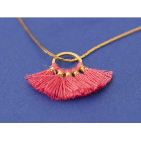 Acheter Pendentif rond doré à pompons - fushia - 1,89€ en ligne sur La Petite Epicerie - 100% Loisirs créatifs
