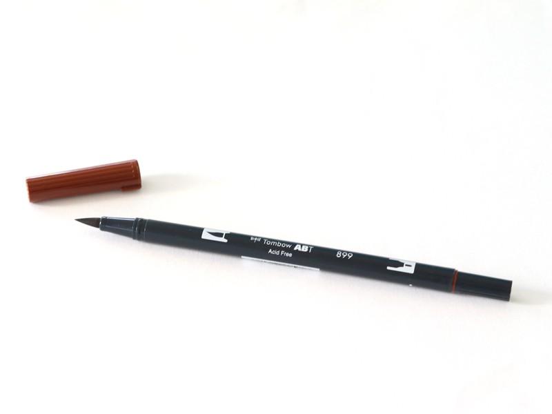 Acheter Feutre double pointe Tombow ABT - marron 899 - 3,39€ en ligne sur La Petite Epicerie - Loisirs créatifs