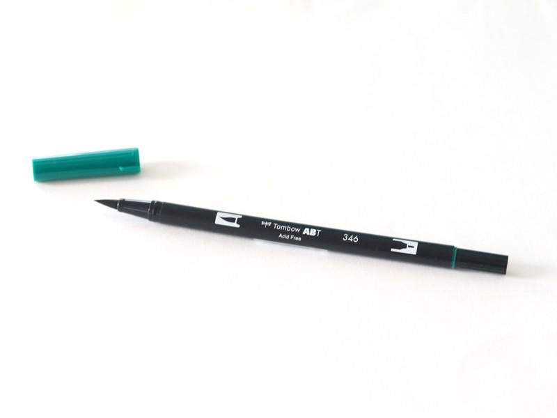Acheter Feutre double pointe Tombow ABT - vert sapin 346 - 3,39€ en ligne sur La Petite Epicerie - Loisirs créatifs