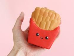 Acheter Squishy frites de patates douces - anti stress - 7,99€ en ligne sur La Petite Epicerie - Loisirs créatifs