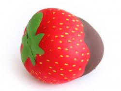 Gros squishy fraise, nappage chocolat - anti stress mignon  - 1