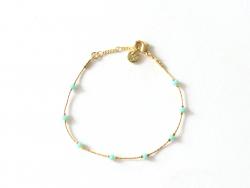 Bracelet chaîne serpentine avec petites perles en verre bleues claires Les Cleias - 1