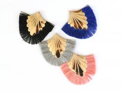 Acheter Pendentif coquillage doré à franges noires - 2,90€ en ligne sur La Petite Epicerie - 100% Loisirs créatifs