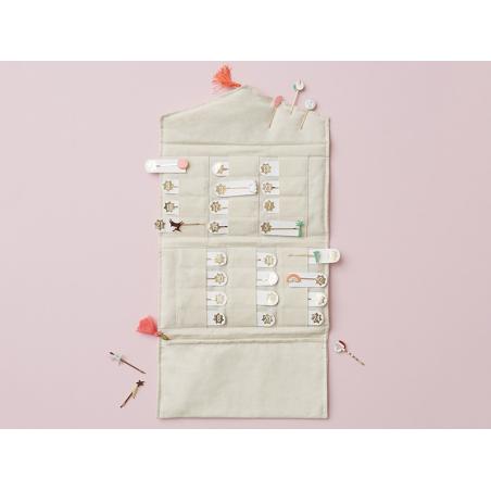Acheter Calendrier de l'avent - 24 jolies barrettes à découvrir - 45,99€ en ligne sur La Petite Epicerie - 100% Loisirs créa...