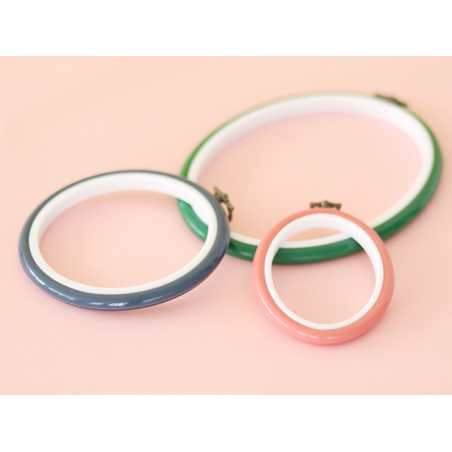 Tambour à broder ovale vert - 25.5 x 20 cm  - 2