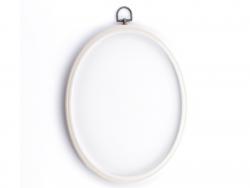 Acheter Tambour à broder ovale blanc - 25.5 x 20 cm - 10,13€ en ligne sur La Petite Epicerie - Loisirs créatifs