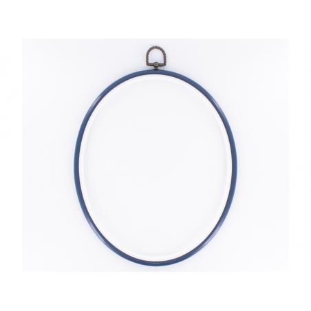 Acheter Tambour à broder ovale bleu marine - 25.5 x 20 cm - 2,49€ en ligne sur La Petite Epicerie - Loisirs créatifs