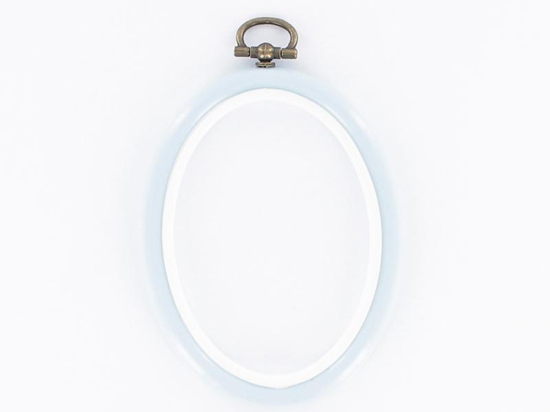 Tambour à broder ovale bleu ciel - 13.5 x 10 cm  - 1