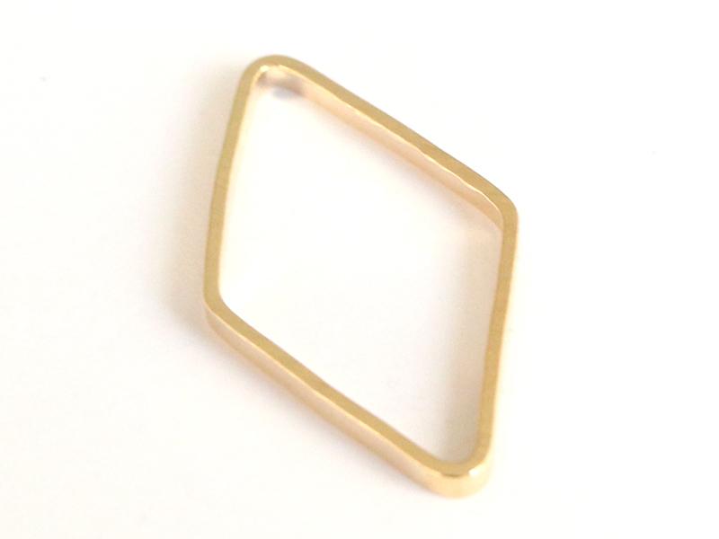 Acheter Pendentif losange évidé - doré à l'or fin - 0,49€ en ligne sur La Petite Epicerie - 100% Loisirs créatifs