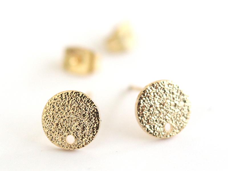 Acheter Paire de puces d'oreilles avec plateau pampille - dorée à l'or fin 18K - 3,99€ en ligne sur La Petite Epicerie - 100...