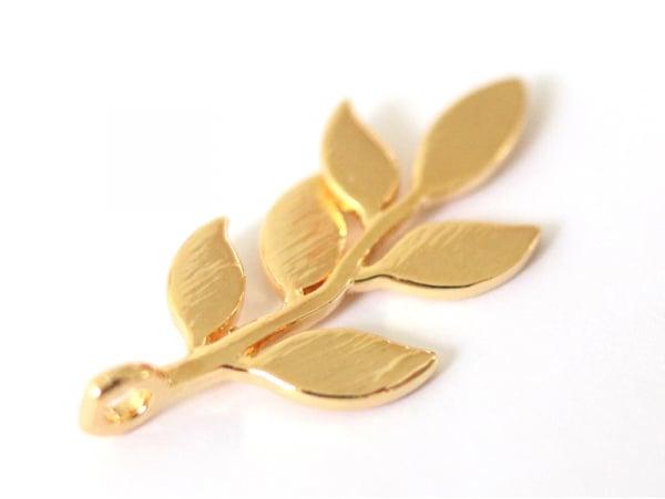 Acheter Pendentif feuille - doré à l'or fin - 2,19€ en ligne sur La Petite Epicerie - 100% Loisirs créatifs