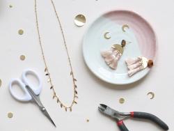 Acheter Pendentif pompon - rose poudre - 0,59€ en ligne sur La Petite Epicerie - Loisirs créatifs