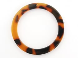 Acheter Pendentif anneau 34 mm écaille de tortue en acétate - 1,29€ en ligne sur La Petite Epicerie - 100% Loisirs créatifs