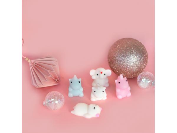 Acheter Le mini squishy aléatoire - 1,99€ en ligne sur La Petite Epicerie - 100% Loisirs créatifs