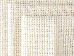 Acheter Toile pour point de croix - Klostern x 10 cm - 4,69€ en ligne sur La Petite Epicerie - Loisirs créatifs