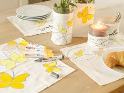 Acheter Lot de 10 feutres textiles - pointe 1mm - couleurs basiques - 11,49€ en ligne sur La Petite Epicerie - Loisirs créatifs