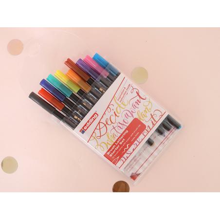 Acheter Set de 10 feutres pour lettering - débutants - 11,79€ en ligne sur La Petite Epicerie - Loisirs créatifs