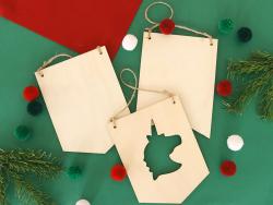 Acheter Fanion licorne en bois à suspendre - 15 x 20 cm - 2,99€ en ligne sur La Petite Epicerie - Loisirs créatifs