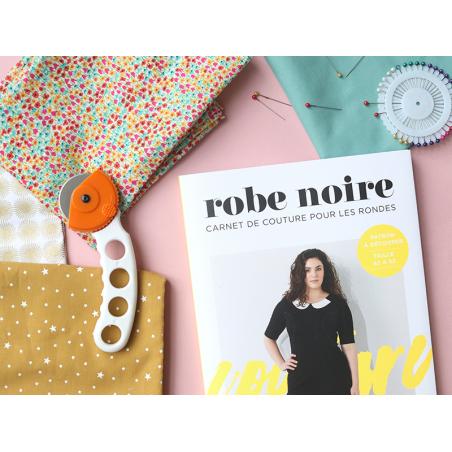 Acheter Livre + patron - Robe noire - Carnet de couture pour les rondes - 10,90€ en ligne sur La Petite Epicerie - Loisirs c...