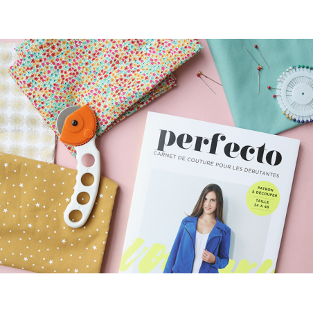 Acheter Livre + patron - Perfecto - Carnet de couture pour les débutantes - 10,90€ en ligne sur La Petite Epicerie - 100% Lo...