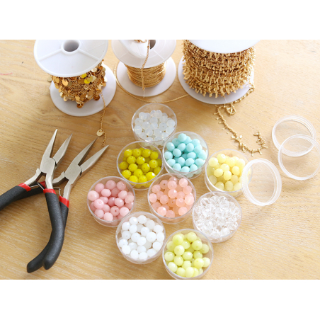 Acheter Lot de 50 perles à facettes en verre 8x6 mm - Aquamarine - 3,19€ en ligne sur La Petite Epicerie - Loisirs créatifs
