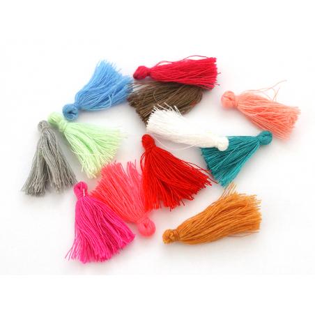 Acheter Lot de 10 pompons en coton - couleurs aléatoires - 3,29€ en ligne sur La Petite Epicerie - Loisirs créatifs