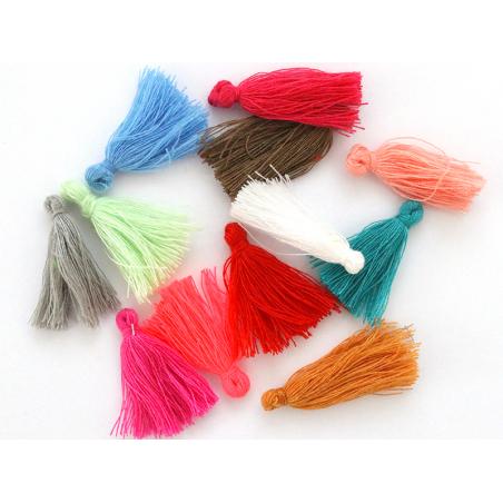 Acheter Lot de 10 pompons en coton - couleurs aléatoires - 3,29€ en ligne sur La Petite Epicerie - 100% Loisirs créatifs