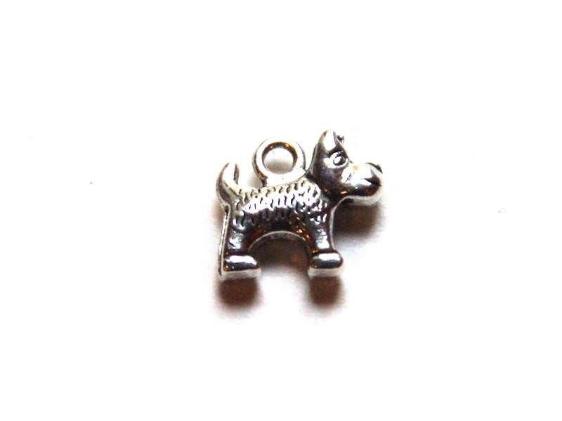 1 dog charm - silver-coloured