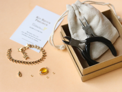 Acheter Bracelet Marion jaune - Kit bijoux précieux dorés à l'or fin - 13,90€ en ligne sur La Petite Epicerie - Loisirs créa...