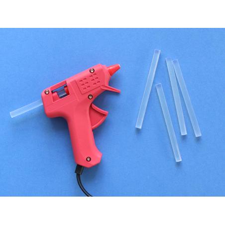 Acheter 12 recharges pour pistolet à colle - 7mm - 2,19€ en ligne sur La Petite Epicerie - Loisirs créatifs