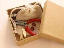 Acheter Boucles d'oreilles Raphaëlle ambre - Kit bijoux précieux dorés à l'or fin - 13,90€ en ligne sur La Petite Epicerie -...