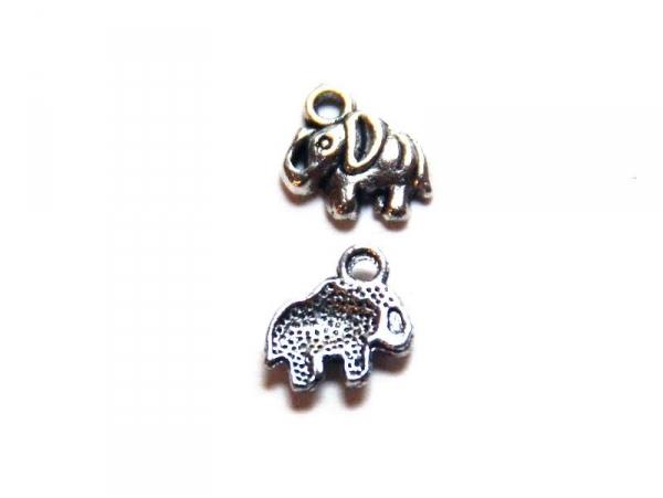 1 Breloque éléphant - argentée  - 1