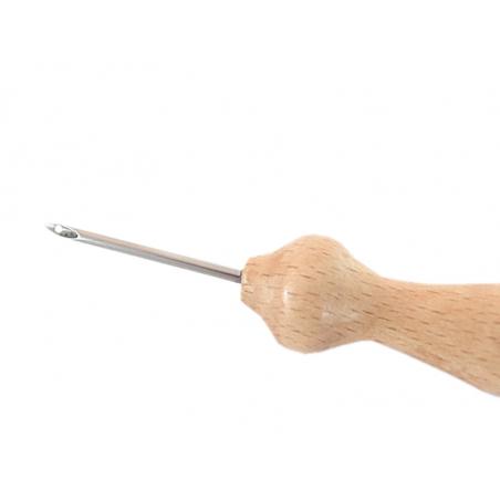 Acheter Punch needle / aiguille magique pour laine - manche en bois - 2,2 mm - 8,79€ en ligne sur La Petite Epicerie - Loisi...