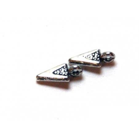 Acheter 1 Breloque triangle à pois - argentée - 0,19€ en ligne sur La Petite Epicerie - Loisirs créatifs