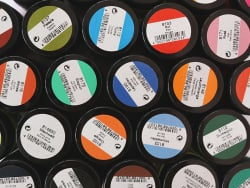 Acheter Peinture sur soie 50mL - Jaune luminescent - 4,29€ en ligne sur La Petite Epicerie - 100% Loisirs créatifs