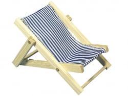 Chaise longue en bois bleue...