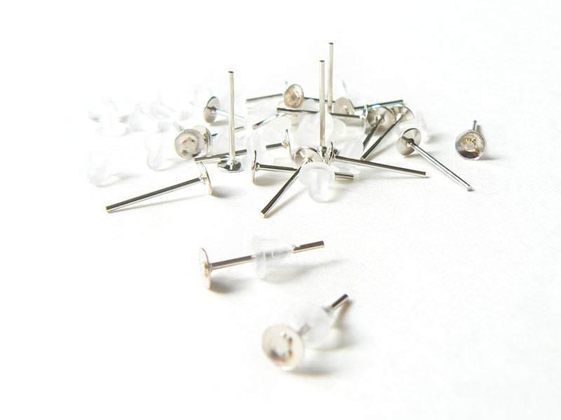 Acheter 20 paires de puces d'oreilles argent clair - fermoir silicone - 5,40€ en ligne sur La Petite Epicerie - Loisirs créa...