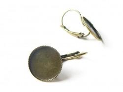 1 paire de boucles d'oreilles pour cabochons ronds - couleur bronze