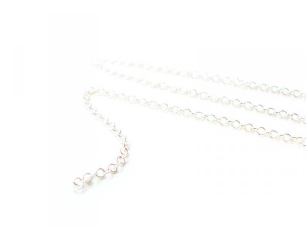 1 m of light silver-coloured cable chain - 1.5 mm