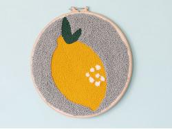 Acheter Kit Punch Needle Citron - 59,90€ en ligne sur La Petite Epicerie - 100% Loisirs créatifs