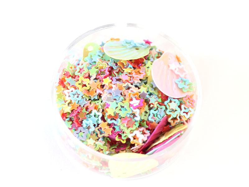 Acheter Petit sachet de paillettes en forme d'étoiles et coquillages - 1,99€ en ligne sur La Petite Epicerie - Loisirs créatifs