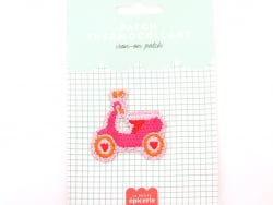 Acheter Patch thermocollant - Vespa rose - 3,99€ en ligne sur La Petite Epicerie - Loisirs créatifs