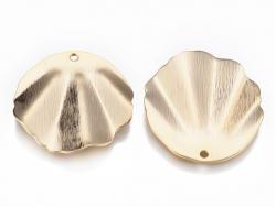 Acheter Pendentif coquillage 30 mm - laiton plaqué or - 2,79€ en ligne sur La Petite Epicerie - Loisirs créatifs