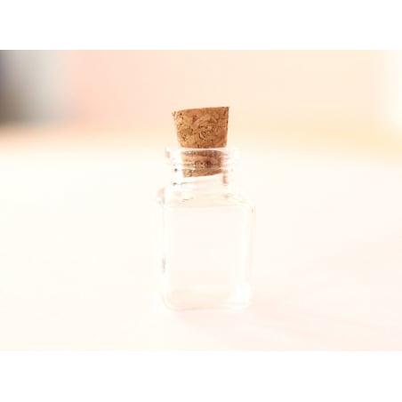 Acheter Fiole en verre cube - 25 mm - 0,99€ en ligne sur La Petite Epicerie - Loisirs créatifs